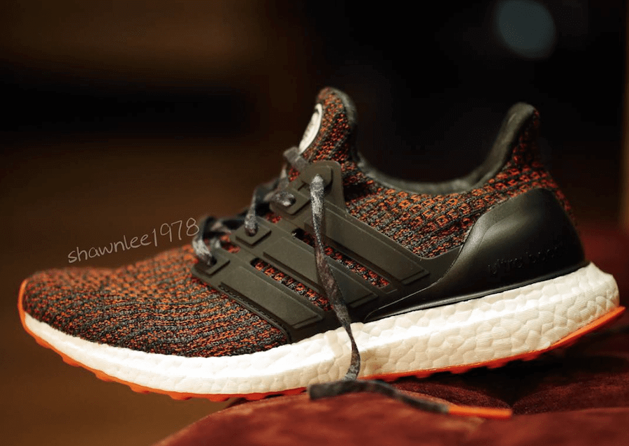 ULTRABOOST 4.0 'CHINESE NEW YEAR'