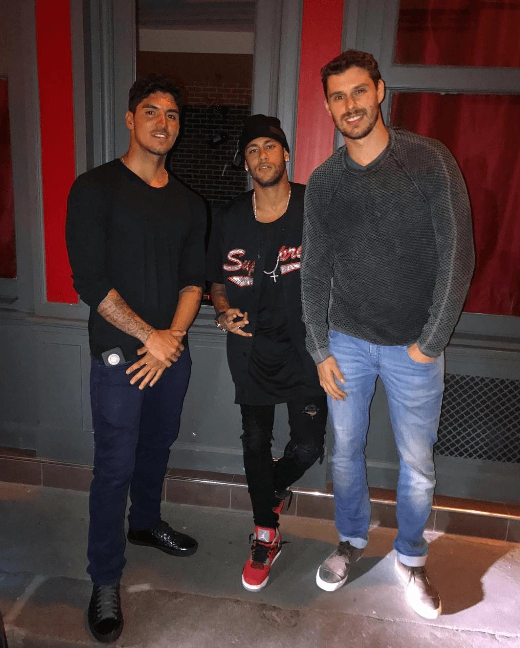"""Neymar Jr in the Air Jordan 4 Retro """"Toro"""""""