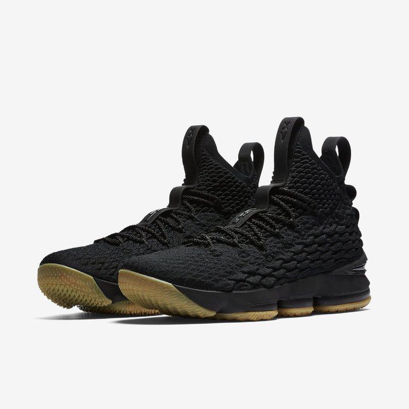 Nike LeBron 15 Black/Gum