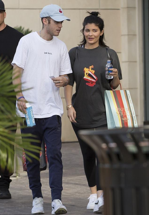 """Kylie Jenner in the Nike Air Force 1 Low """"Travis Scott"""""""