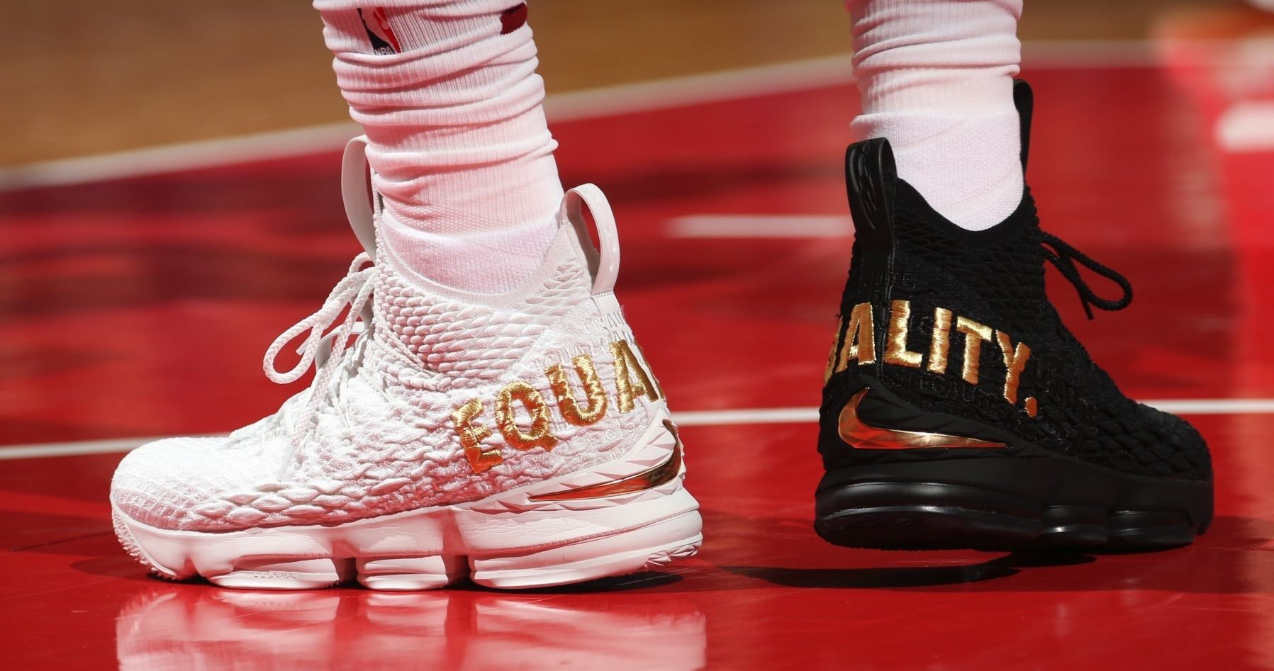 Lebron James Shoes Pink And White