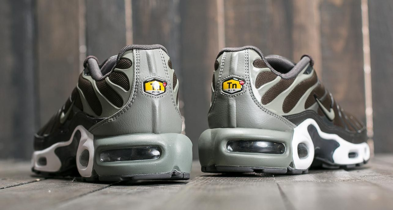 "Nike Air Max Plus ""Cargo Khaki"""