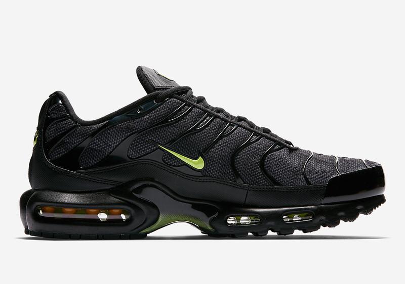 "Nike Air Max Plus ""Neon"" // Release"