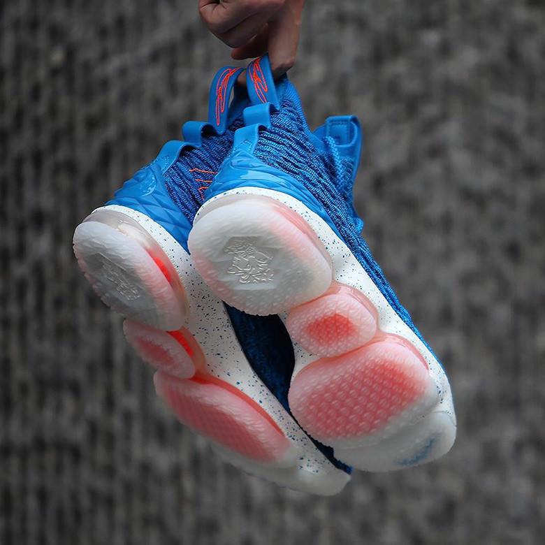 "Nike LeBron 15 ""Hardwood Classics"""