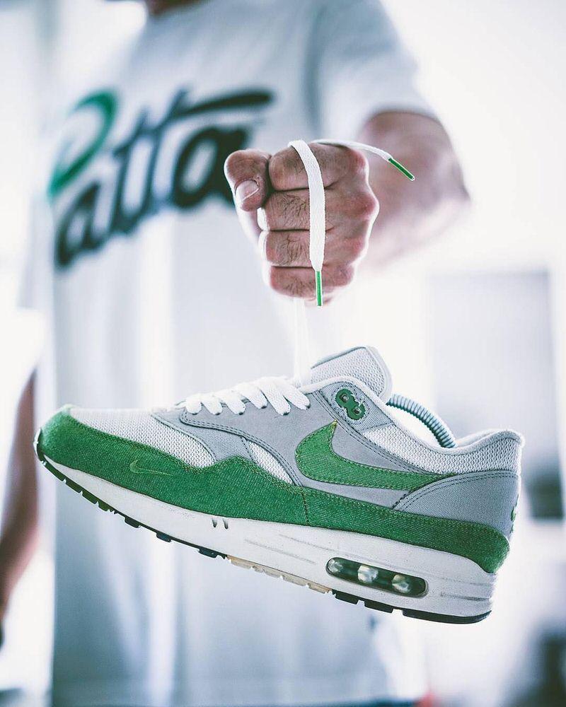 """Patta x Nike Air Max 1 """"Chlorophyll"""" via: @elzapatillaztio"""