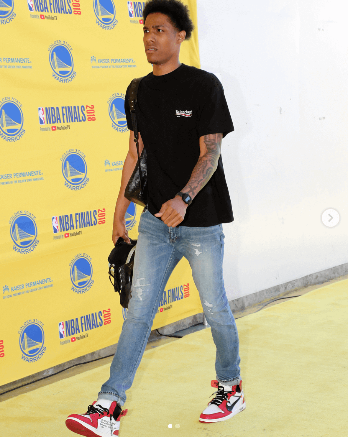 Patrick McCaw in the Off White x Air Jordan 1
