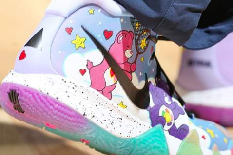 Custom Nike Kyrie 4 \