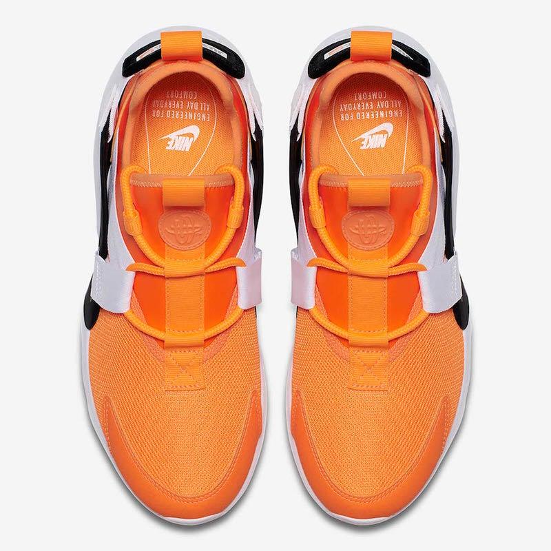 "c3a2c7f459101 Nike Air Huarache City Low ""Just Do It"""