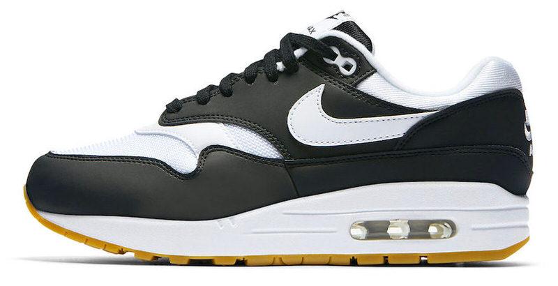 air max 1 black white sole