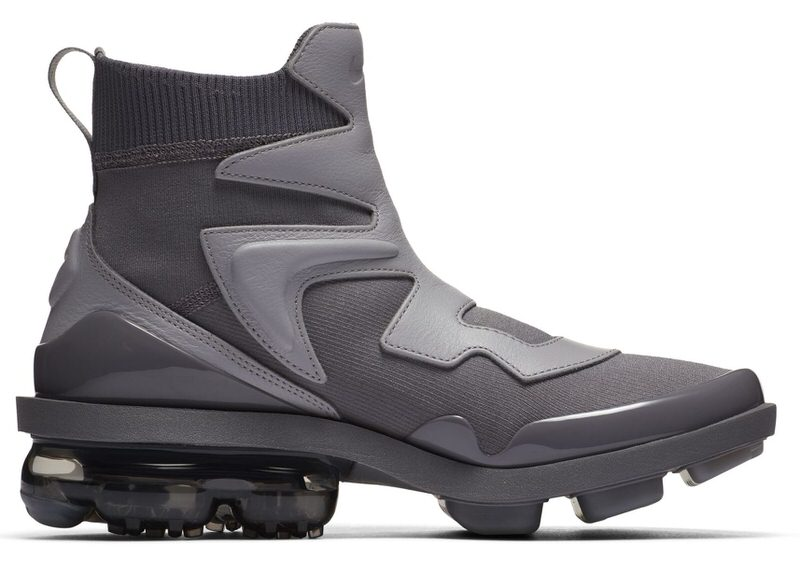 uk availability f6d98 7a7ab Nike Air VaporMax Light 2 Goes Batman Bold