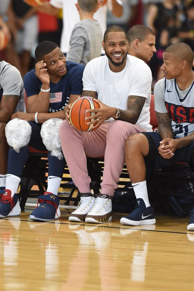 Carmelo Anthony in the Air Jordan 9 Retro MOP
