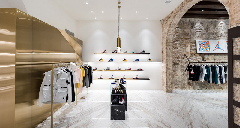 Foot District Opens New Store in