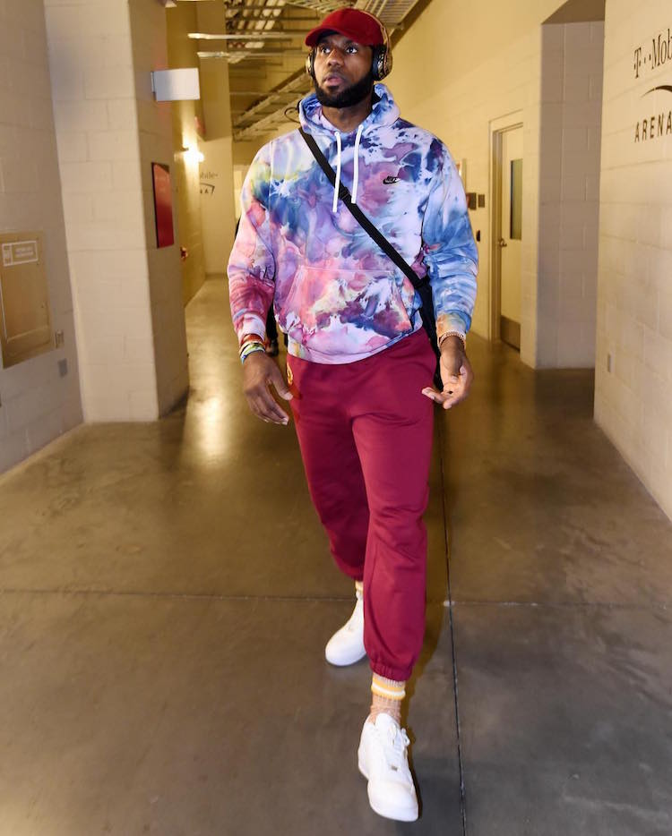 Mixing up the sweats on sweats look with some tie-dye and and John Elliott Air Force 1s.