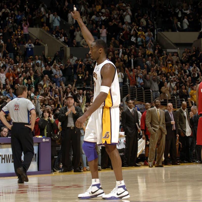 Nike Honors Kobe Bryant's Historic 81