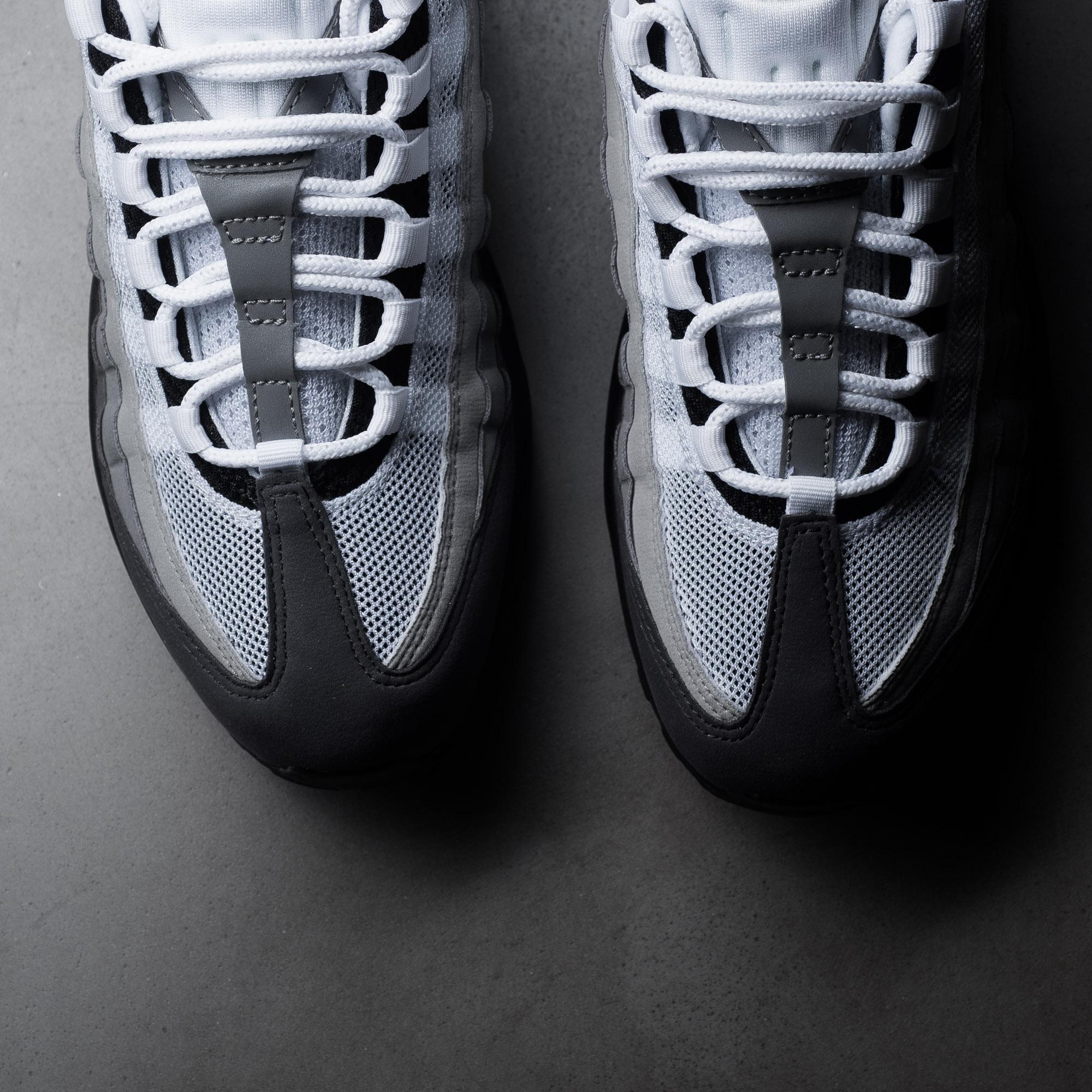 Nike Air Max 95 Og Goes Back To Basics Nice Kicks