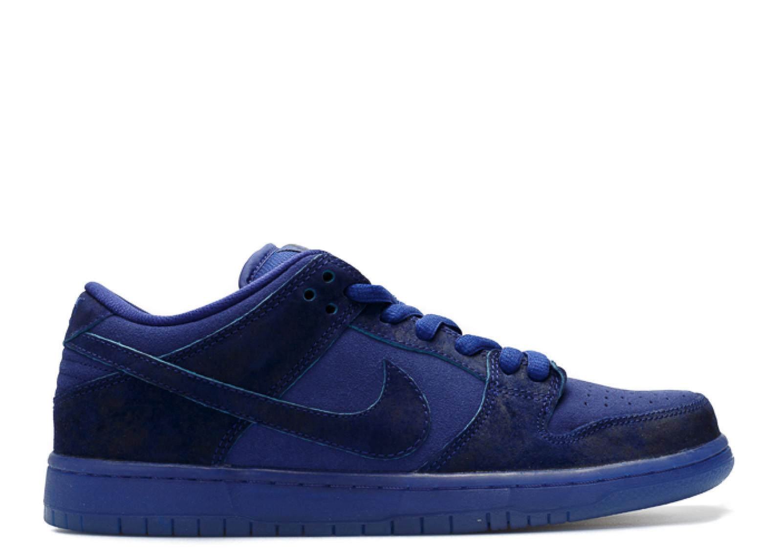 "Nike SB Dunk Low ""Blue Moon"""