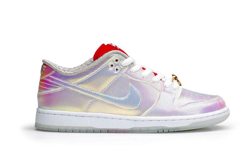 "CNCPTS x Nike SB Dunk Low ""Holy Grail"""