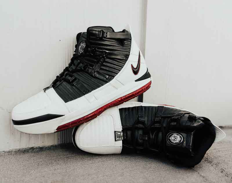 Another Look at the Nike LeBron 3 \