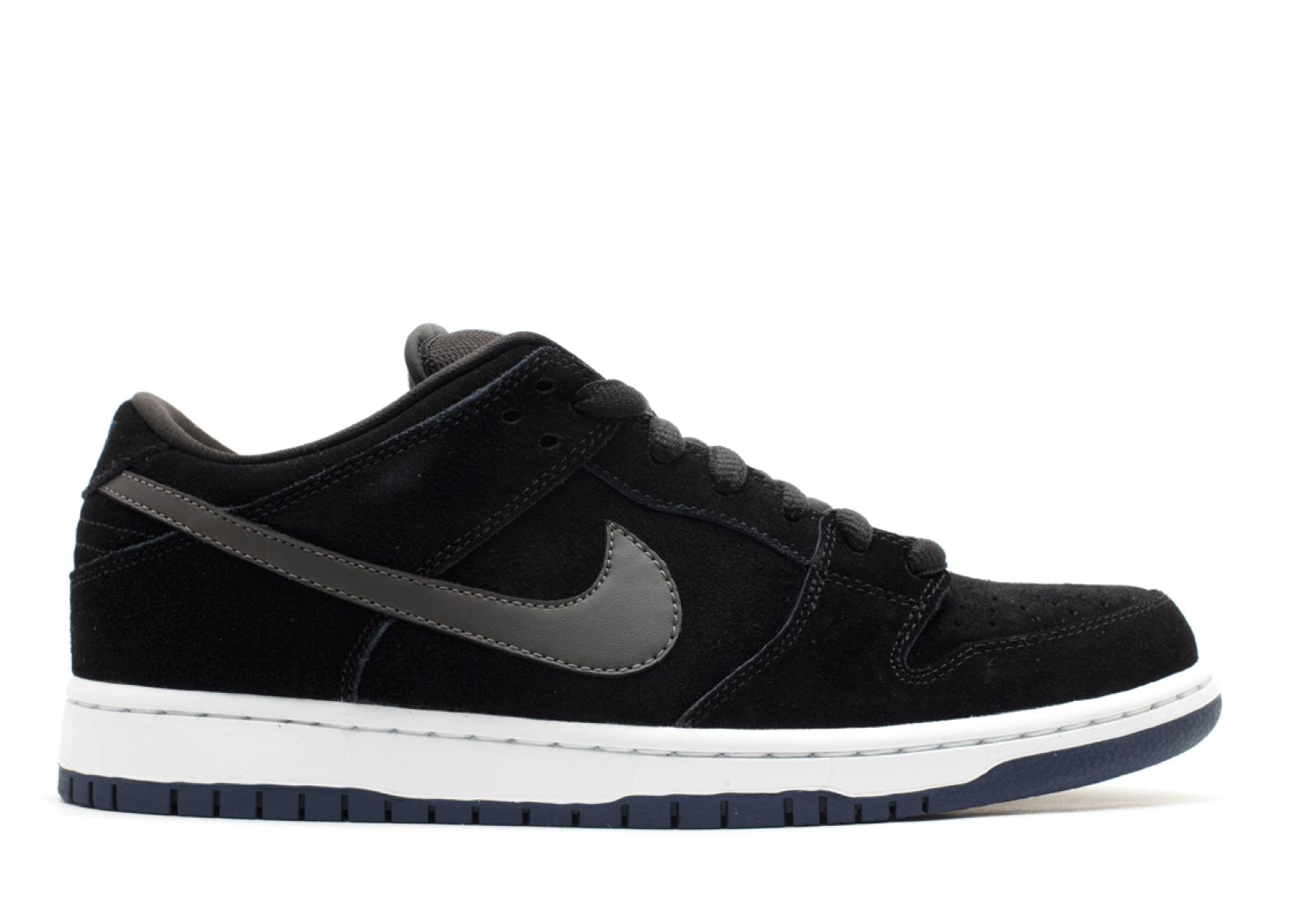 "Nike SB Dunk Low ""Black/Midnight Fog"""