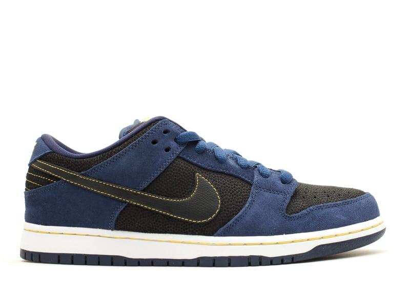 "Nike SB Dunk Low ""Midnight Navy"""