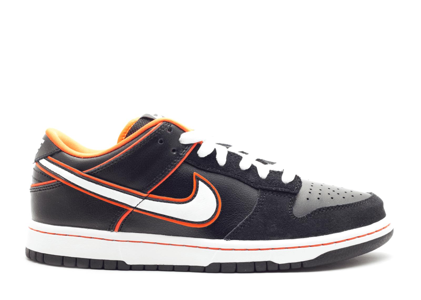 "Nike SB Dunk Low ""Black/Orange Blaze"""