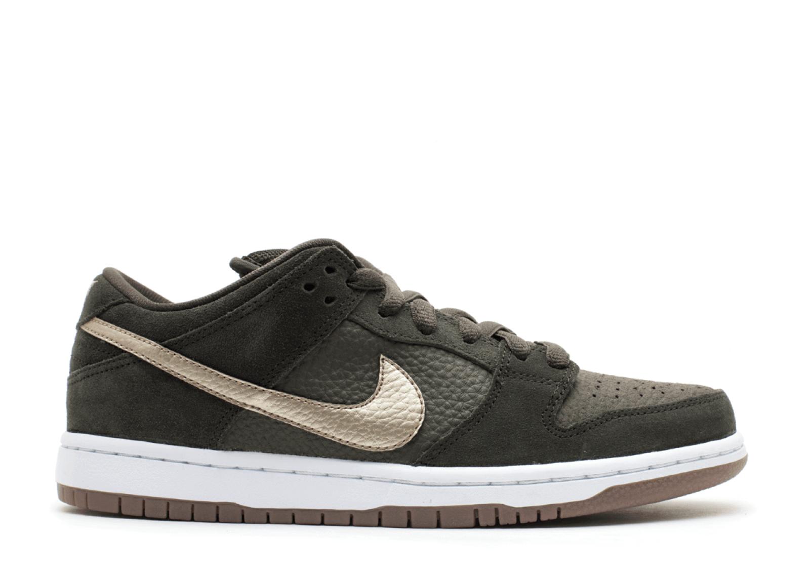"Nike SB Dunk Low ""Sequoia"""