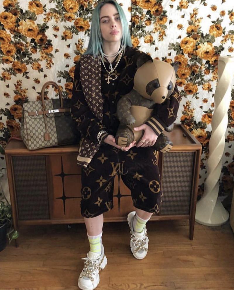 How Billie Eilish Makes Grunge Glamorous Nice Kicks