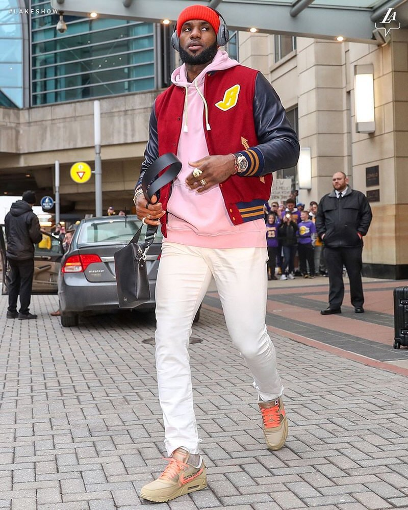 """Lebron James in the Off White x Nike Air Max 90 """"Desert Ore"""""""