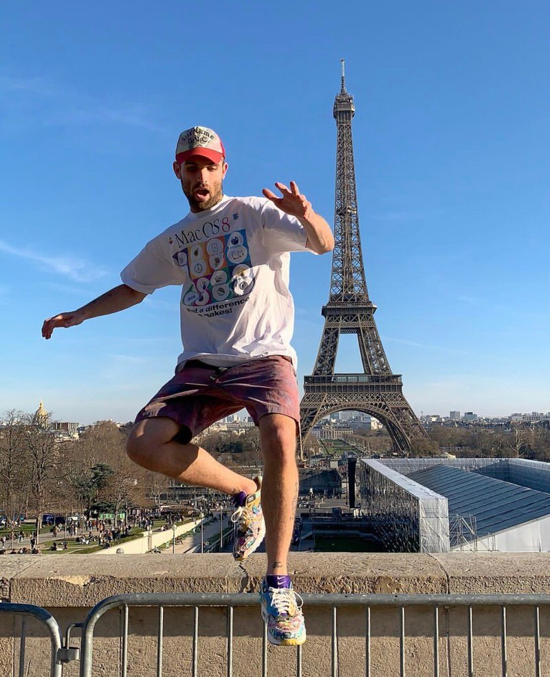 Jump over Paris and you'll find all the latest street stye inspiration. But you probably won't find this Mac OS 8 tee.