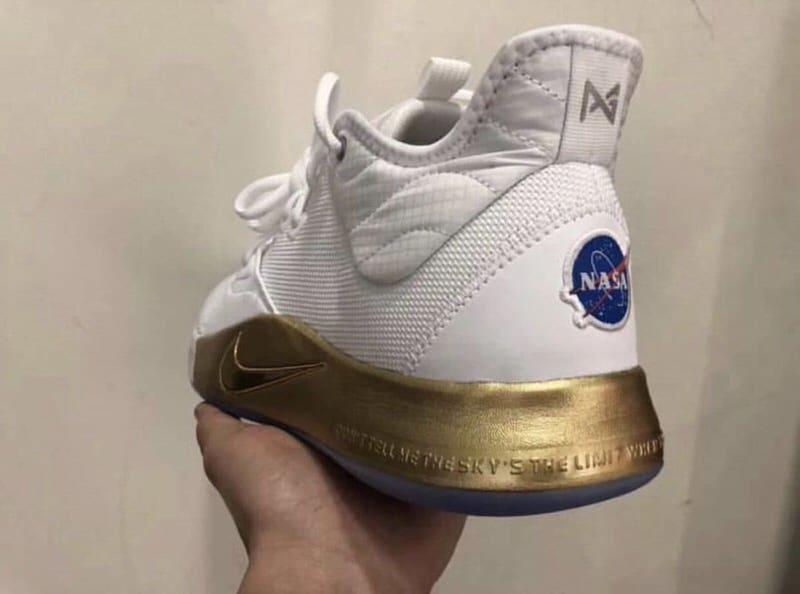 Nike PG3 NASA \