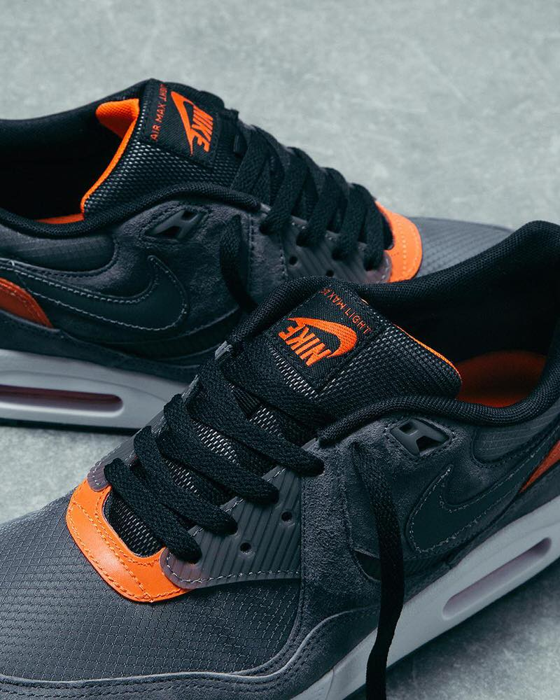 size? x Nike Air Max Light
