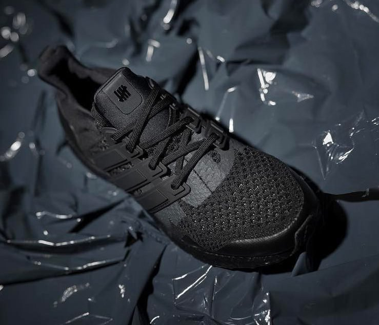 triple black ultra boost 1.0