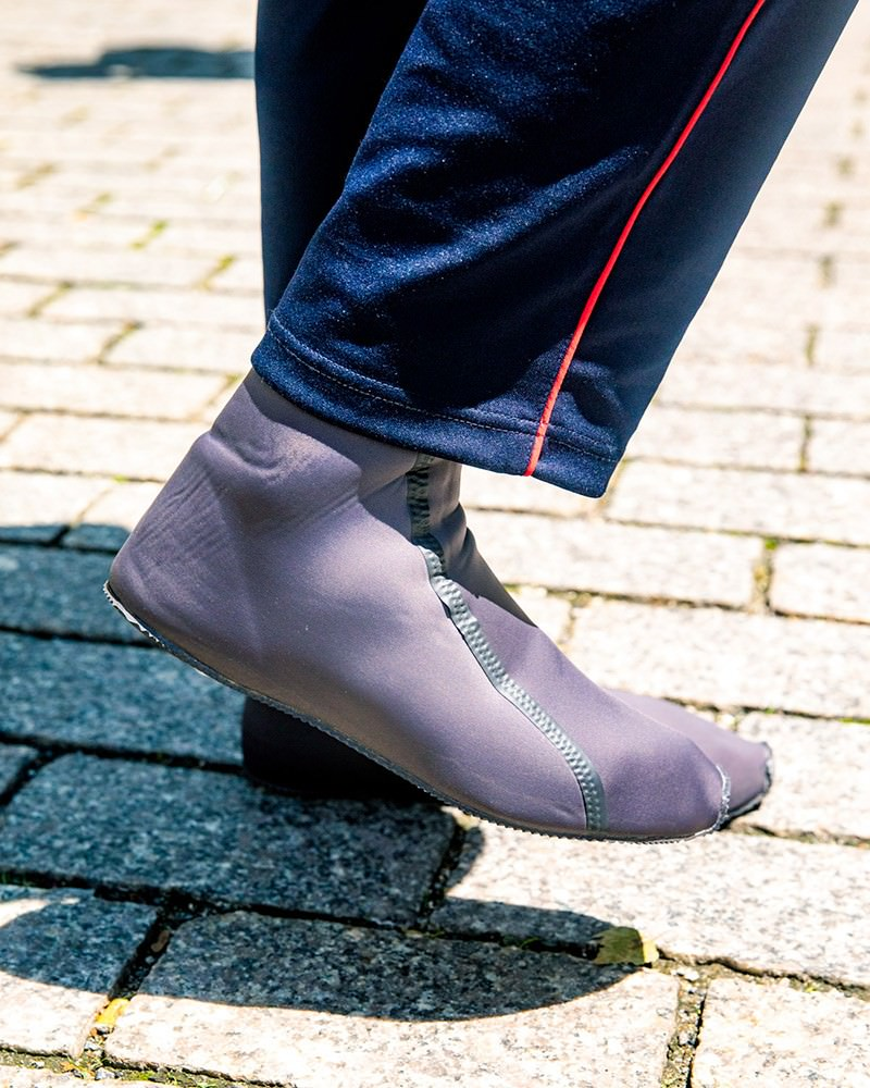 adidas Yeezy Scuba Surfaces Above Sea