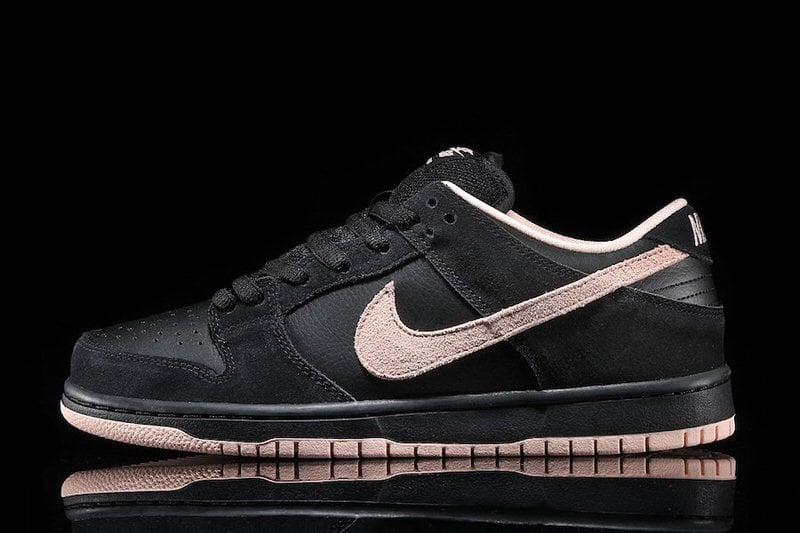 "Nike SB Dunk Low ""Atmosphere Coral"". Box Code: BQ6817-003. Teal Box."