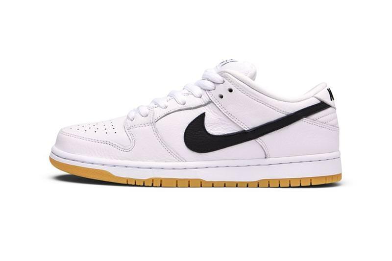 "Nike SB Dunk Low ""Orange Label"". Box Code: CD2563-100. Cardboard Box."