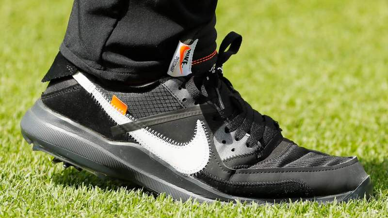 Off-White x Nike Golf Cleats