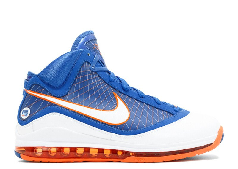 the LeBron 7 Shifted Sneaker Culture