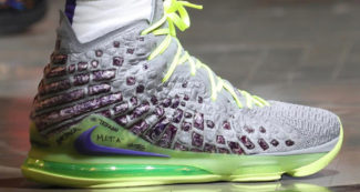 The King Shines in Neon-Themed Nike LeBron 17 PEs