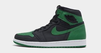 """Christmas Comes Early with Upcoming Air Jordan 1 """"Pine Green"""""""