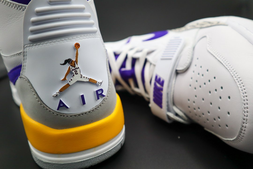Custom Nike Kobe 4 Remembers Gianna and Kobe Bryant | Nice Kicks