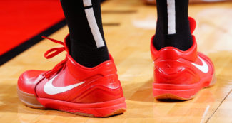 PJ Tucker Rotates Kobe Classics and PEs
