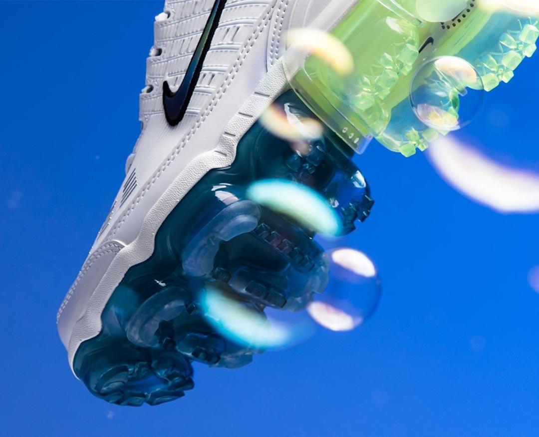 nike-air-vapormax-360-bubble-summit-white-black-platinum-tint-white-CT5063-100-06