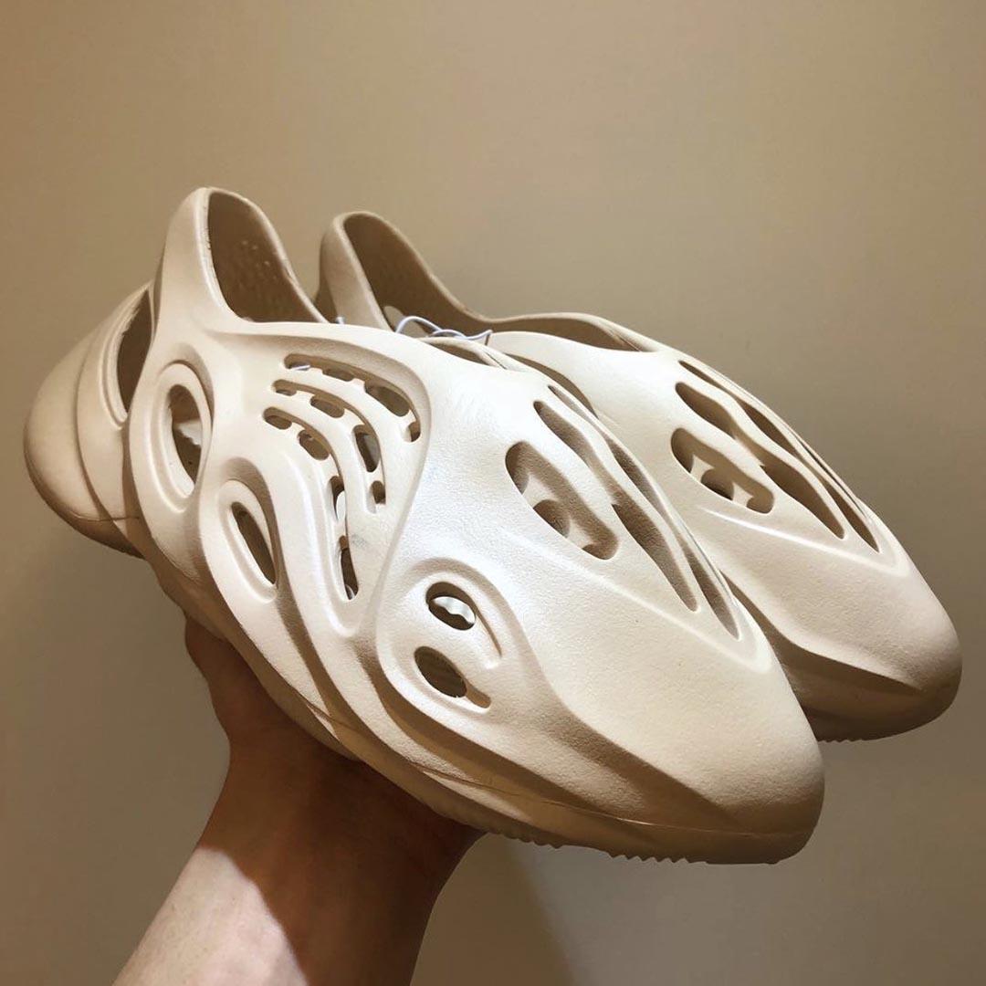 adidas-yeezy-foam-runner-release-date-04