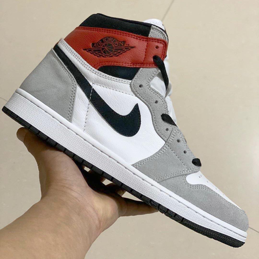 air-jordan-1-retro-hi-og-light-smoke-grey-555088-126-release-date-02