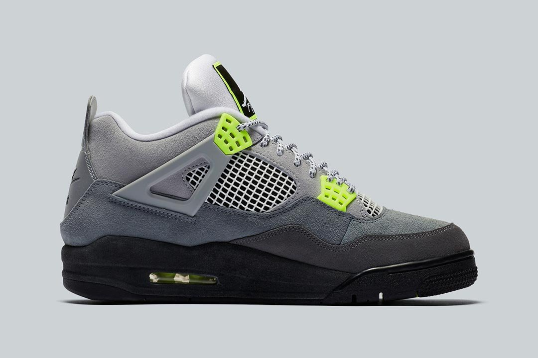 air-jordan-4-retro-se-neon-cool-grey-volt-wolf-grey-anthracite-CT5342-007-release-date-02