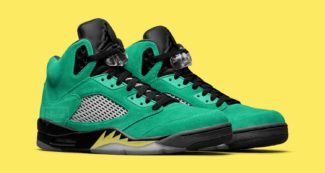 "A New ""Oregon Ducks"" x Jordan Collaboration Flies In"