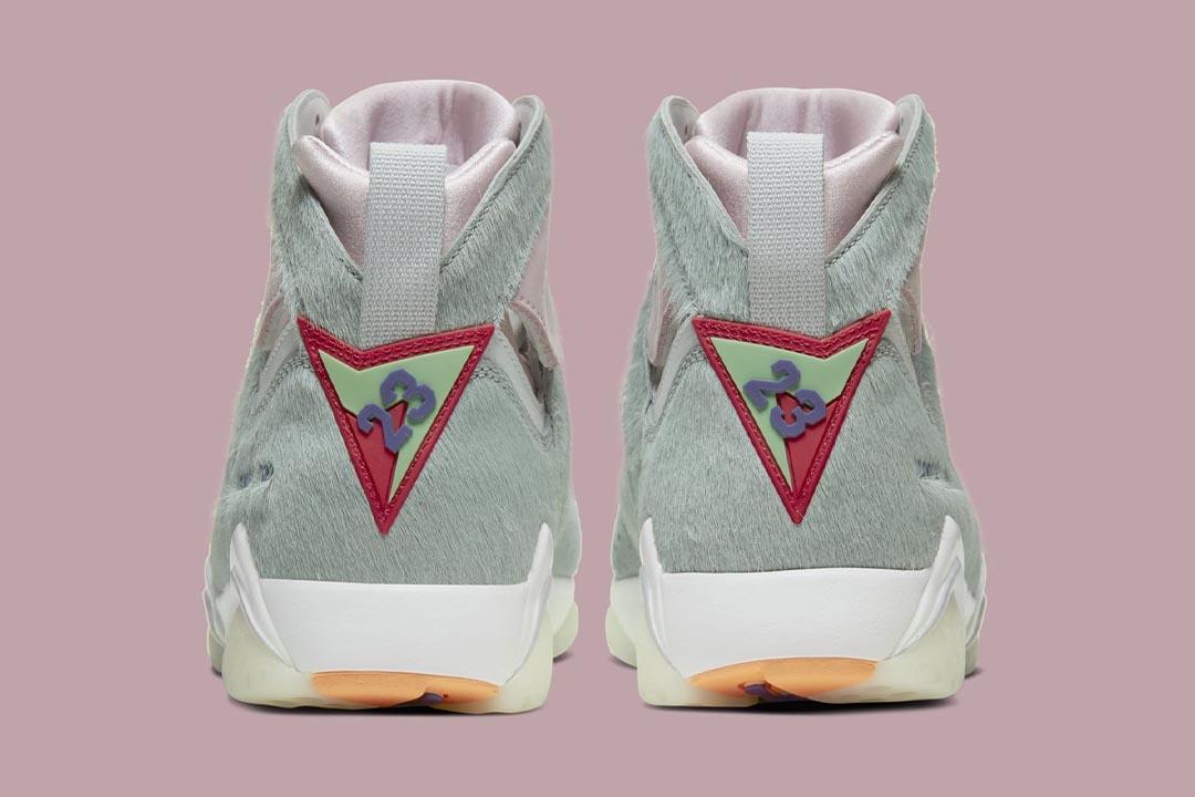 air-jordan-7-retro-hare-2-bugs-bunny-neutral-grey-summit-white-pink-foam-CT8529-002-release-date-04