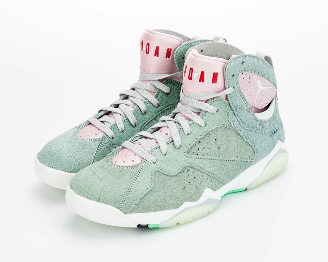 air-jordan-7-retro-hare-2-bugs-bunny-neutral-grey-summit-white-pink-foam-CT8529-002-release-date-06
