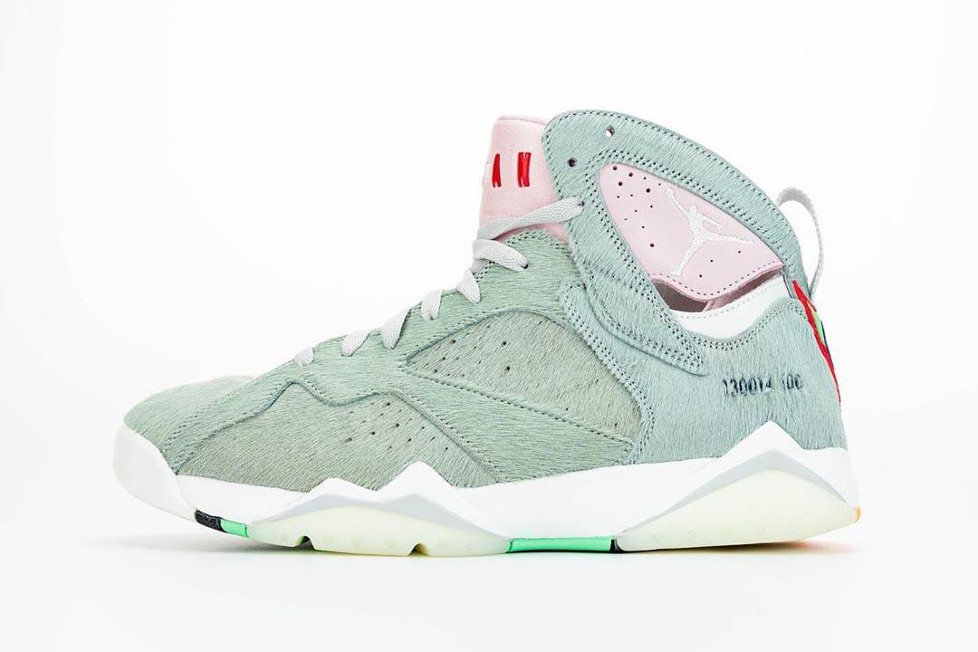 air-jordan-7-retro-hare-2-bugs-bunny-neutral-grey-summit-white-pink-foam-CT8529-002-release-date-07