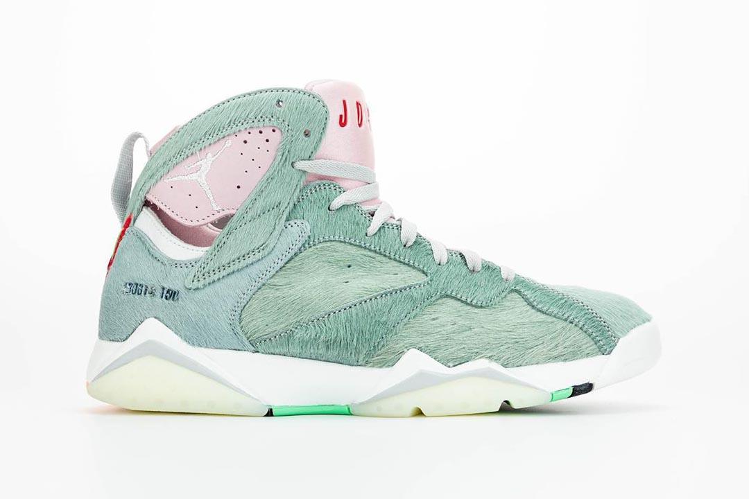 air-jordan-7-retro-hare-2-bugs-bunny-neutral-grey-summit-white-pink-foam-CT8529-002-release-date-08